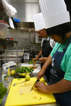 Zade_and_Yvette_make_spinach_salad